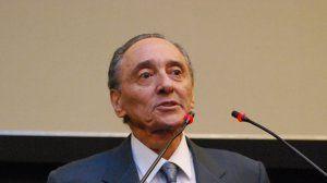Héctor Magnetto recibe premio del Freedom House
