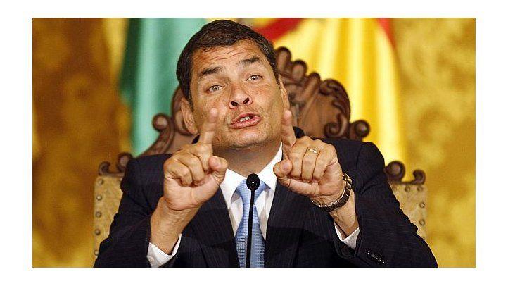 Sanciones a periodistas y medios ecuatorianos favorecen a Correa