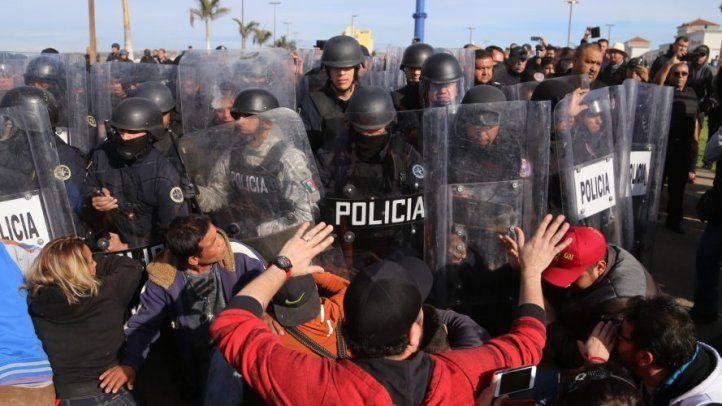 12 periodistas heridos durante protesta en México