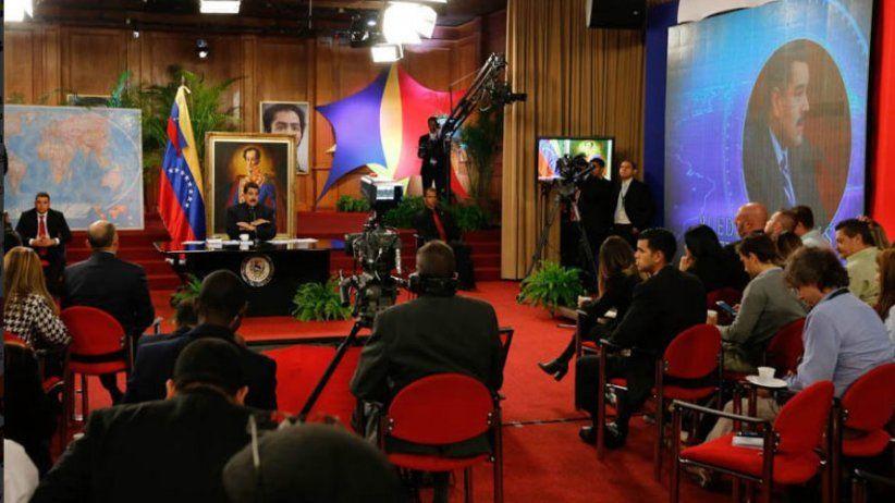 Periodistas de Reuters fueron expulsados de rueda de prensa de Nicolás Maduro