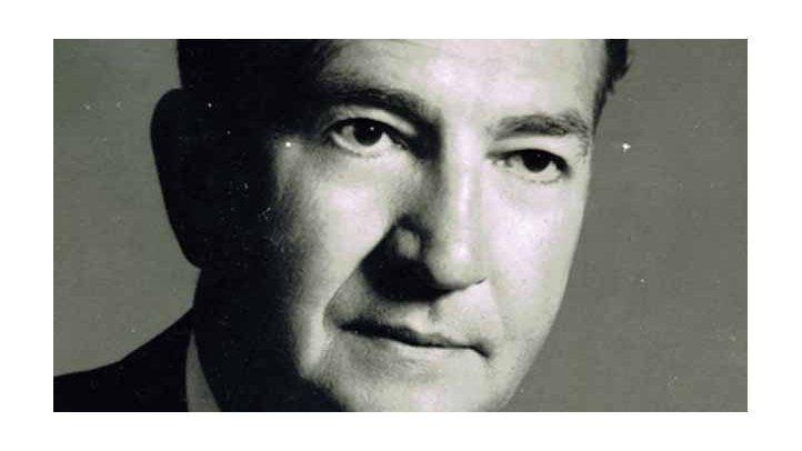 Lee Hills (1967-1968) Knight Ridder Newsp., Detroit, Michigan