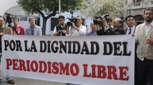 IAPA protests persecution of media in Ecuador