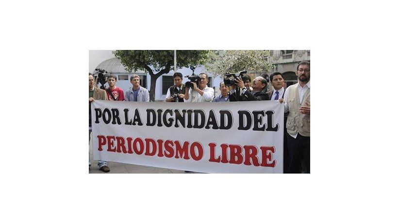 Ecuador: IAPA protests persecution of media