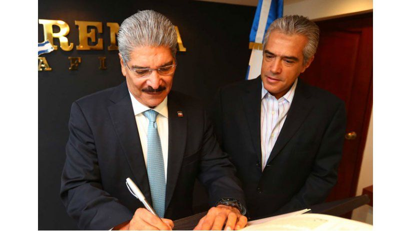 Candidatos a la Presidencia de El Salvador firman Declaración de Chapultepec