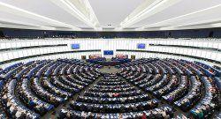 Periodistas demandan al Parlamento Europeo