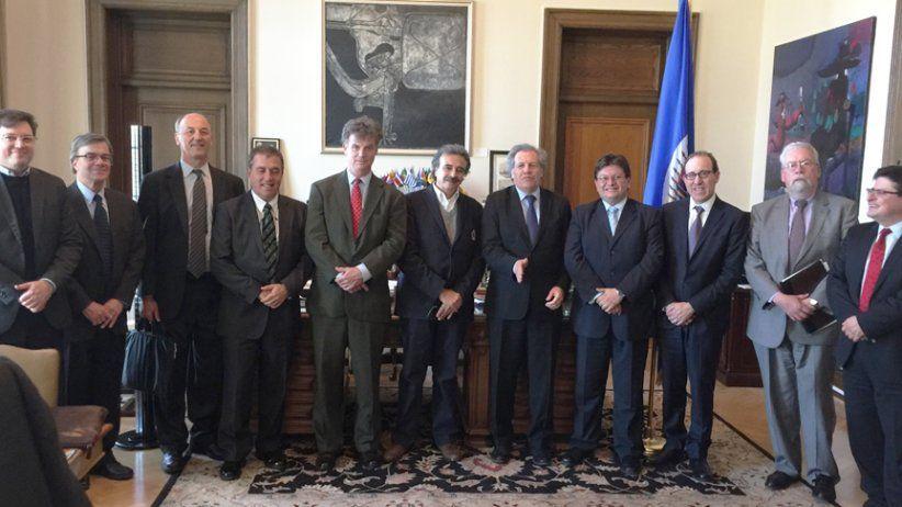 Almagro con organizaciones de prensa en la OEA