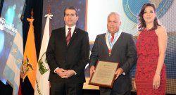 Distinción El Patriota de Guayaquil para la SIP