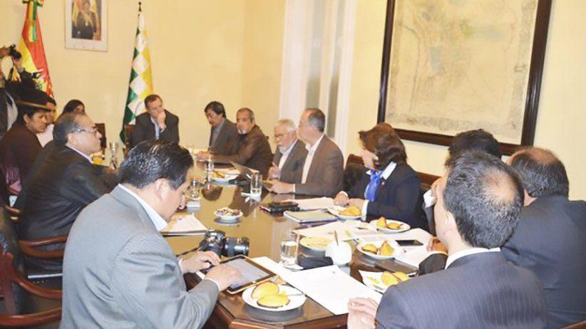 Bolivia: excluyen a periodistas del artículo que castiga la mala praxis