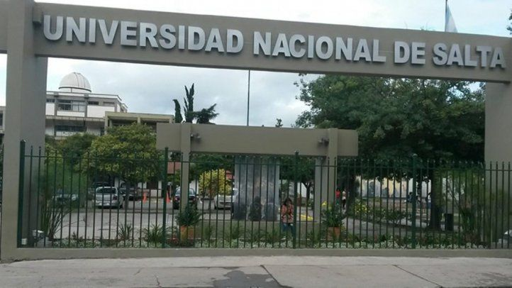 Programa de extensión universitaria en asamblea general de la SIP en Salta