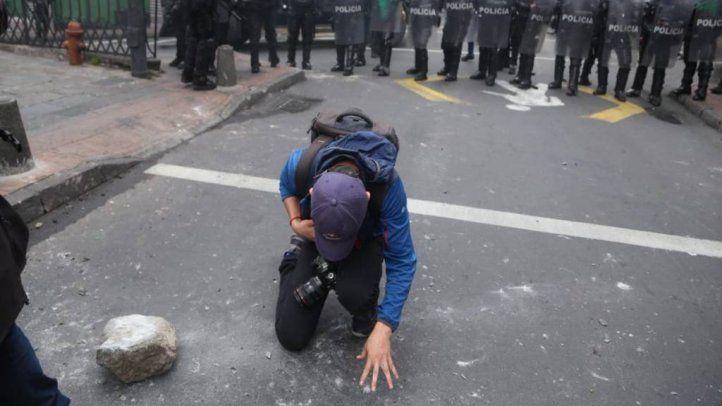 La SIP condena agresiones en Ecuador y pide respetar el ejercicio periodístico