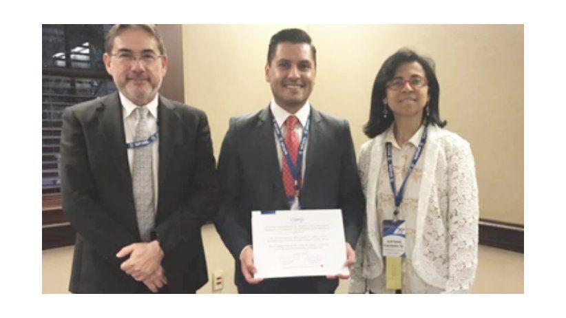 Universidades reciben nuevos certificados de CLAEP