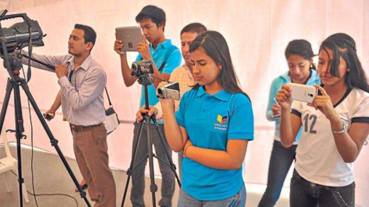 Convocan a periodistas adolescentes a escribir sobre la pandemia del COVID-19