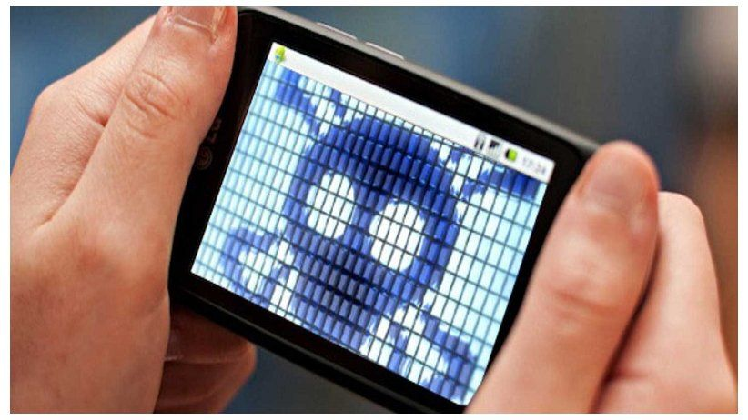 IAPA condemns digital spying and calls for a halt to it