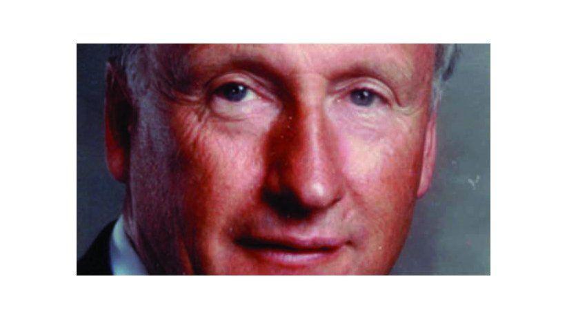 A.Roy Megarry (1993-1994) The Globe & Mail, Toronto, Canadá