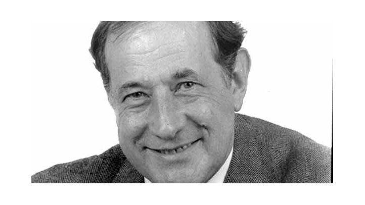Robert J. Cox (2001-2002) The Post and Courier, Charleston, S. Carolina
