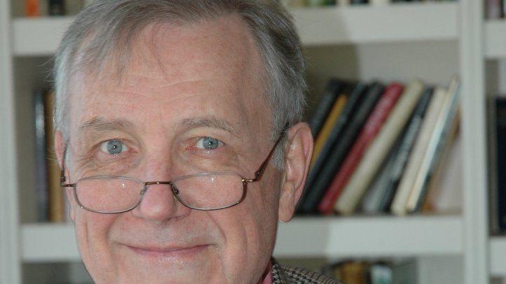 Jack Fuller (2003-2004) Tribune Publishing,  Chicago, Illinois