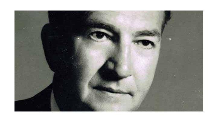 Lee Hills, (1967-1968) Knight Ridder Newsp., Detroit, Michigan