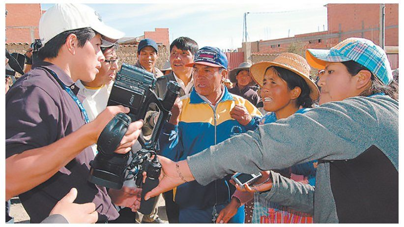 IAPA condemns the constant aggressions against the press in Bolivia