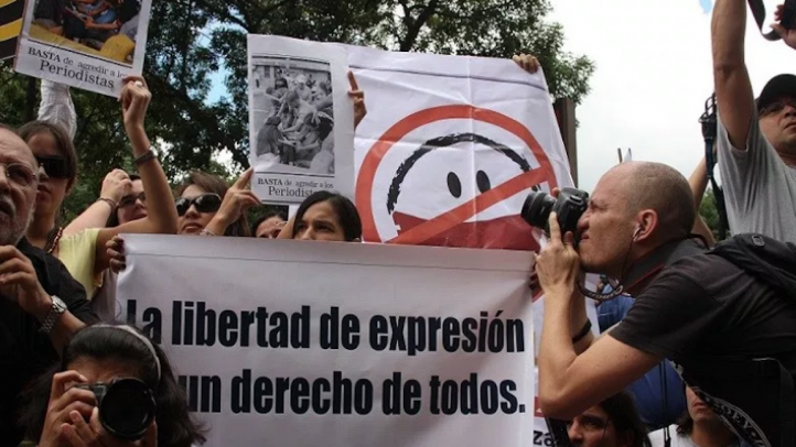 IAPA condemns arrests and accusations of hate speech against Venezuelan journalists