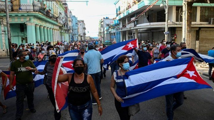 IAPA condemns attacks against journalists and Internet shutdown amid free expression protest in Cuba