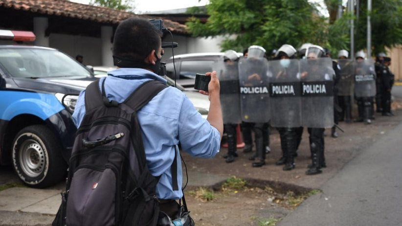IAPA delivers critical report on Nicaragua to the IACHR